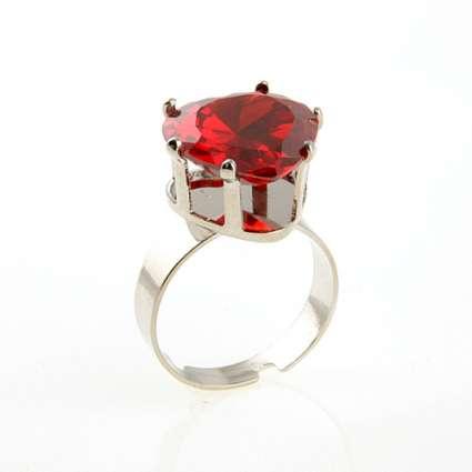 пръстен с циркон