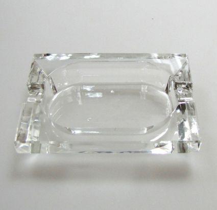 Кристален пепелник