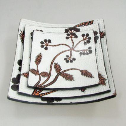 Чинии от дебелостенна керамика декорирани-3бр.к-т