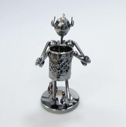 Рицар от метални части