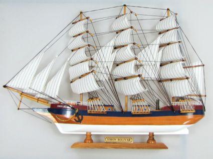 Макет на кораб от дърво