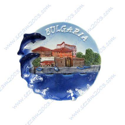 Керамична чиния  с релефни изгледи и надпис България
