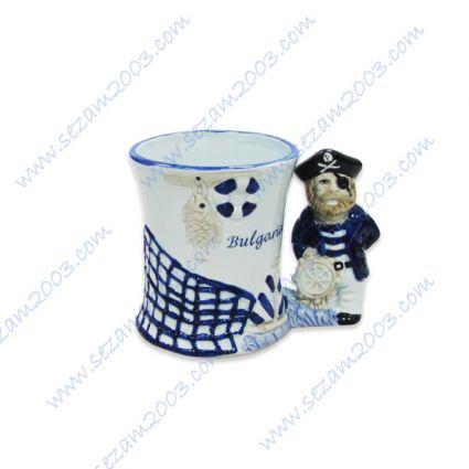 Чаша от керамика с релефни изображения и надпис БЪЛГАРИЯ-2мод.-пират;капитан