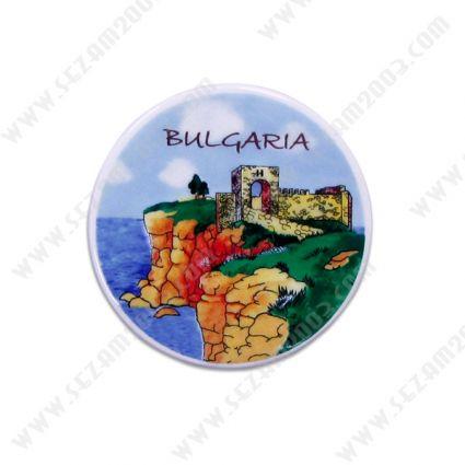 Магнит за хладилник от керамика с релефна рисунка от България .