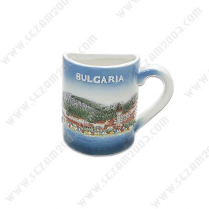 1/2 чаша от керамика с релефни рисунки и закачлив текст за туристи