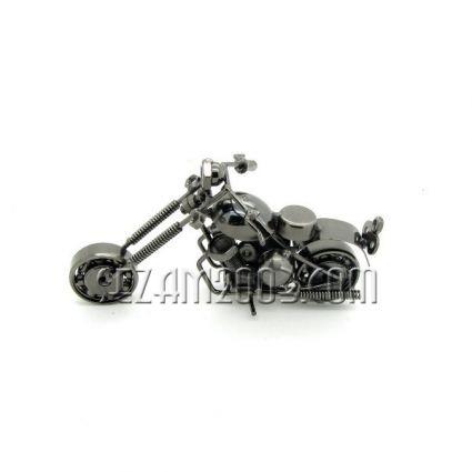 мотор от метални части