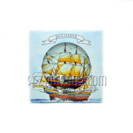 Чиния от порцелан КОРАБ с надпис BULGARIA и индивидуална опаковка
