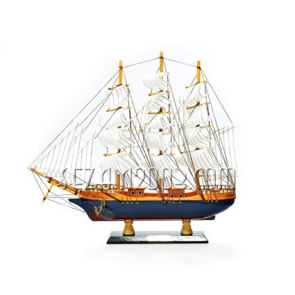 Макет на кораб от дърво с надпис България