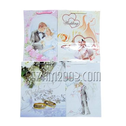 Gift bag of glossy paper - wedding design