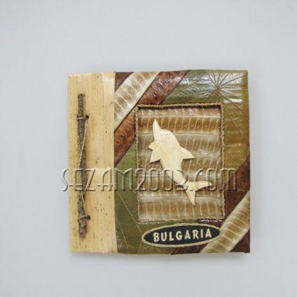 Албум за снимки-10 листа-еко материали с дървен ДЕЛФИН и надпис БЪЛГАРИЯ