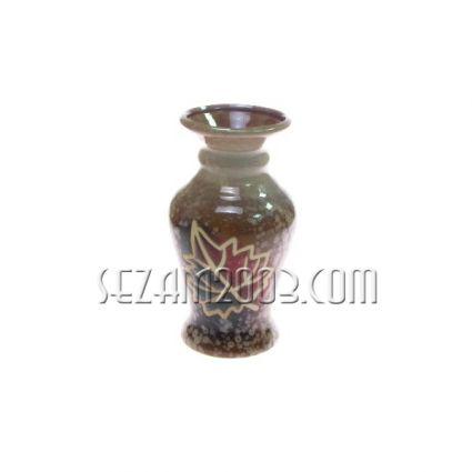 ВАЗА декорирана от керамика