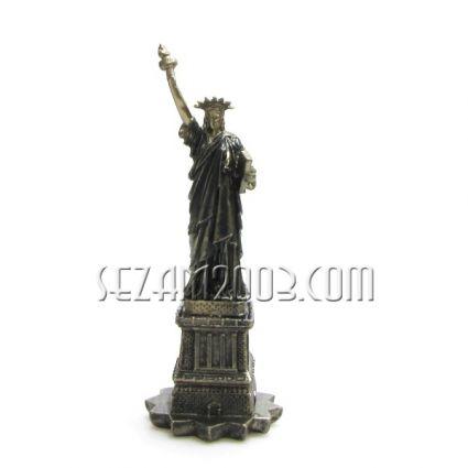 статуята на СВОБОДАТА - фигура от полирезин