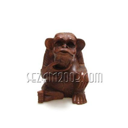 Маймуна от дърво с дърворезба  ръчна изработка