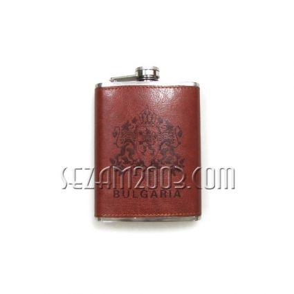 бутилка за алкохол от метал и изк.кожа с надпис България
