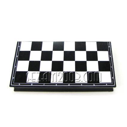 табла+шах от пластмаса