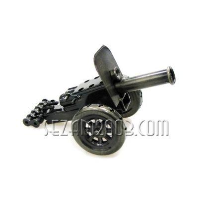 Оръдие  от метални части -сувенир