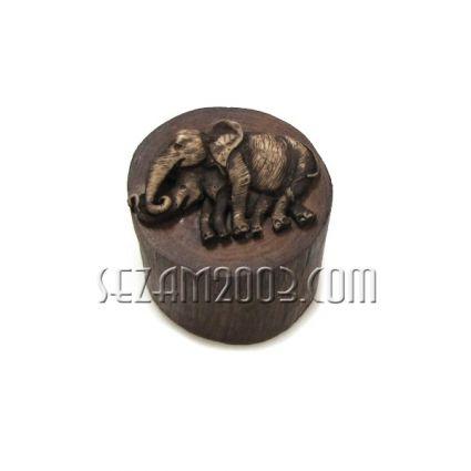 КУТИЯ-пънче от тиково дърво декорирана със слончета  ръчна изработка