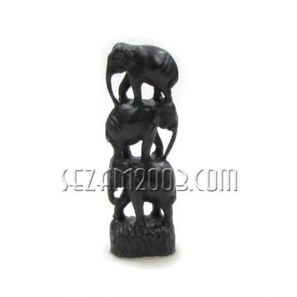 ПИРАМИДА от слончета  - сувенир от черен полирезинн