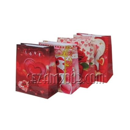 Подаръчна торбичка от гланцирана хартия-LOVE
