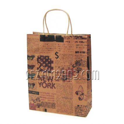 Подаръчна торбичка от  крафт хартия декорирана с дръжки от хартиен канап