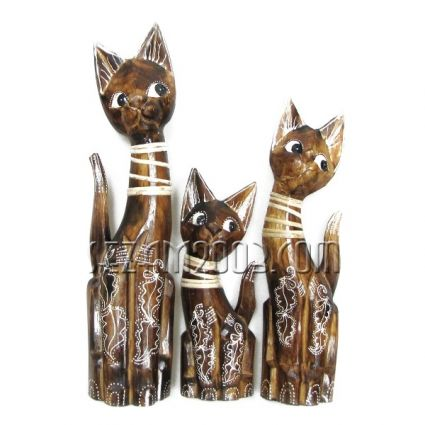 Котки  от дърво декорирани 3 бр.к-т