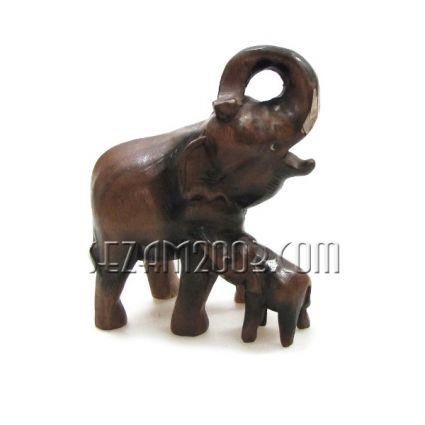 Слон с бебе - фигура от дърво ръчна изработка