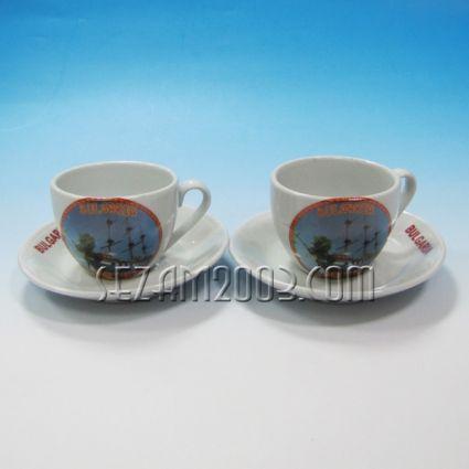 чаша кафе+чинийка -2 бр.к-т с картинки от Златни пясъци