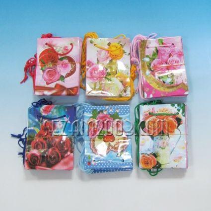 Подаръчни торбички от гланцова хартия