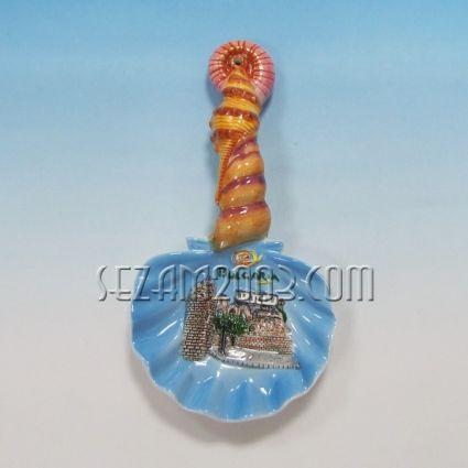 Керамична лъжица  с релефни изгледи и надпис България