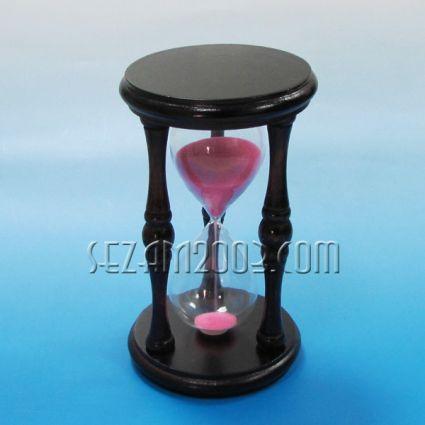 Пясъчен часовник от дърво  и стъкло