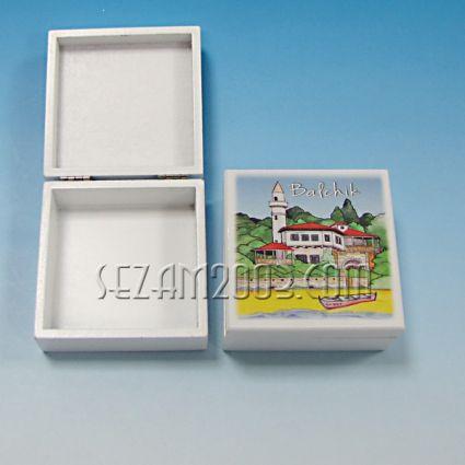кутийка от дърво бяла с изглед - Балчик
