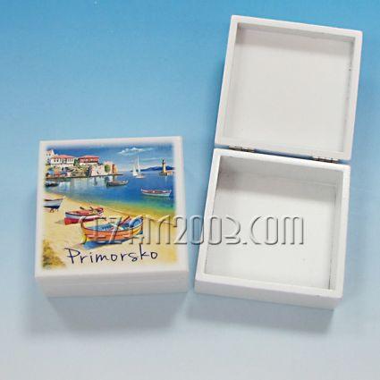 кутийка от дърво бяла с изглед - Приморско