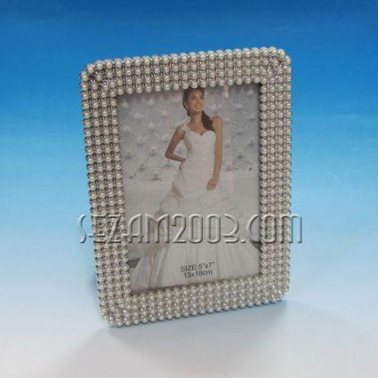 Рамка за снимка от пластмаса 13/18см.Подходяща за сватба
