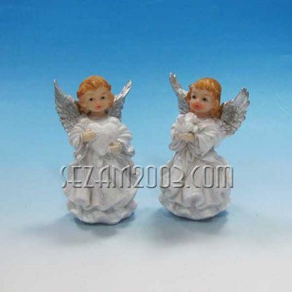 ангелче в молитва резин