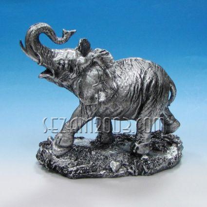 Слон на поставка - фигура от полирезин