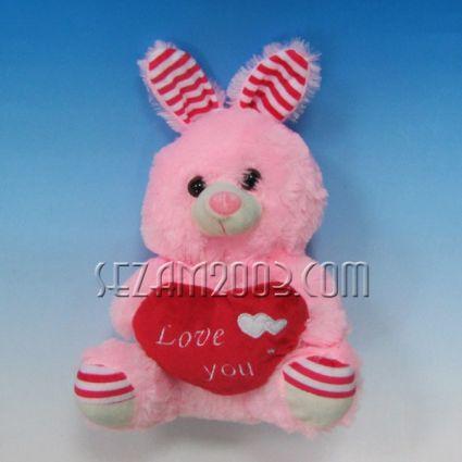 Зайче от плат декорирано за св.Валентин