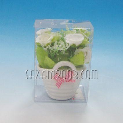 Изкуствени цветя в керамичен съд и  пвц опаковка