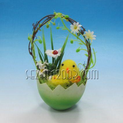 Великденска декорация - пиле в гнездо