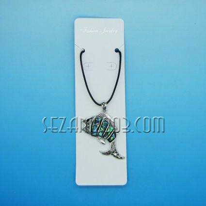 Колие - риба от океански седеф и метал на верижка