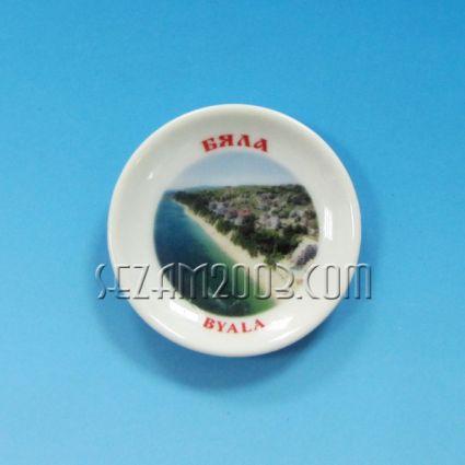 керамична чинийка-магнит за хладилник с картинка на Бяла