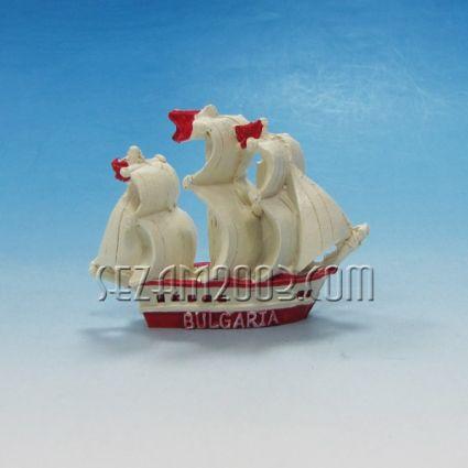 корабче с надпис BULGARIA - фигурка от полирезин