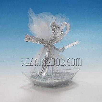 ЛОДКА от метал и плат - опаковка за сватбен подарък