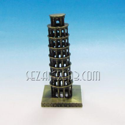 наклонената кула в Пиза- сувенир от метал