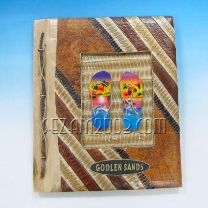 Албум за снимки-10 листа-еко материали с дървени джапанки и надпис Златни пясъци