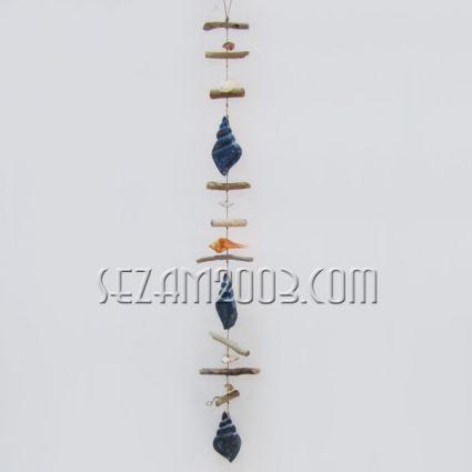 Морска висулка от  дървени и мидени елементи  за декорация