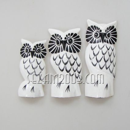 Owls from wood