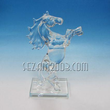 Кон на поставка-фигура от стъкло