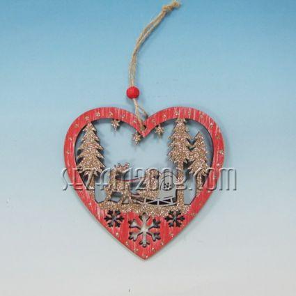 Сърце / висулка от мдф с Коледна декорация