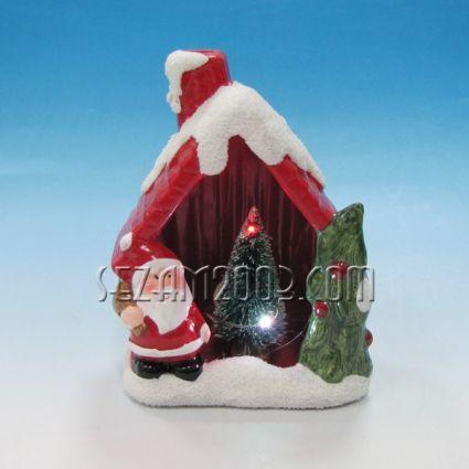 Коледна къща от керамика с елха,led  лампи / вкл.мини батерии/