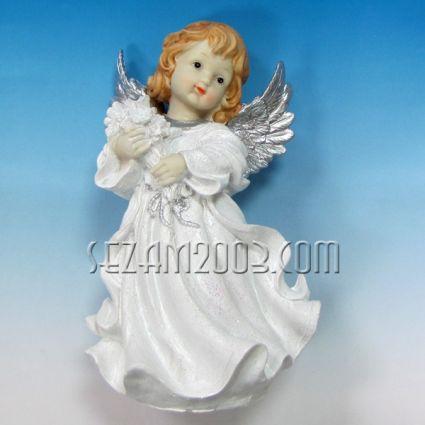 Ангелче с крила - фигура от полирезин
